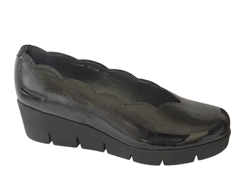 Γυναικεία Μοκασίνια | SOFTIES 7118 Μαύρα λουστρίνια - Loafers